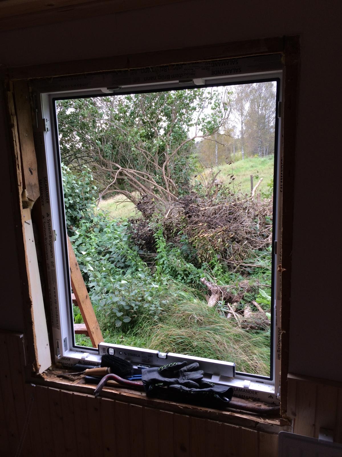 Fenstereinbau schwedisches Ferienhaus