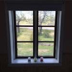 Fenster mit frischem Anstrich